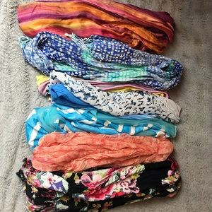 Lot of 7 scarves